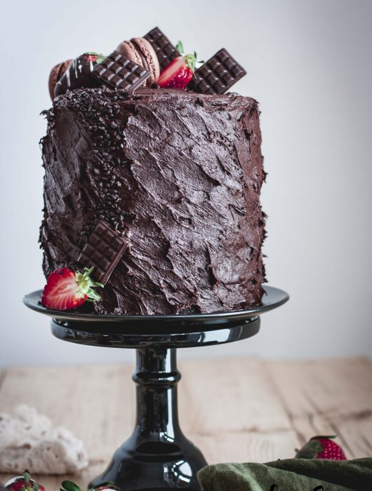 Decadent_chocolate_strawberry_cake